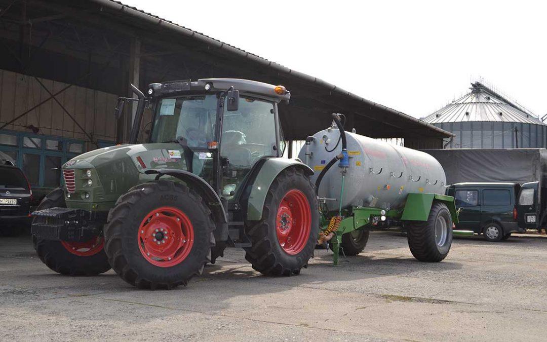 Lassú jármű, vagy mezőgazdasági vontató?
